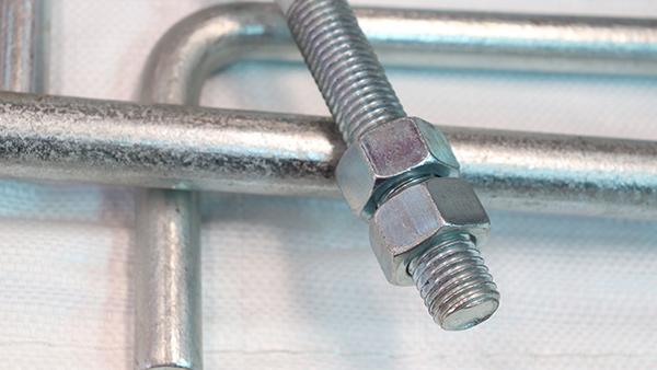 地脚螺栓和基础螺栓的区别?